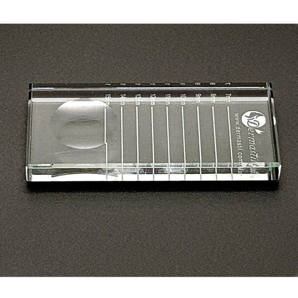 Rechteckige Kristallplatte für Wimpernstreifen und Wimpernkleber